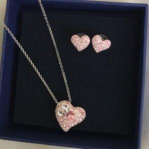 Swarvorski Heart necklace + earring set